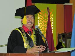 Rektor UIN Sunan Kalijaga Yogyakarta Tantang Menristekdikti Gara-gara Pernyataan 'Profesor Tua Kecil Manfaatnya Untuk Negara